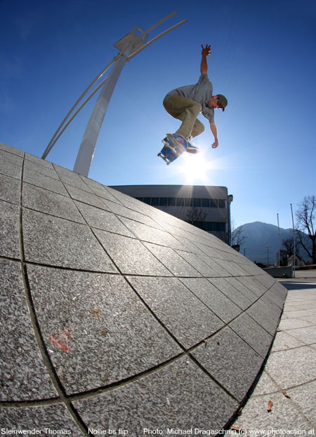 nollie bs flip photo by mic dagaschnig